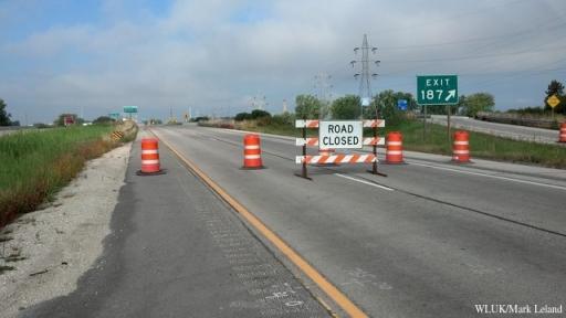 road closed_1380122698414_3113234_ver1.0_640_480